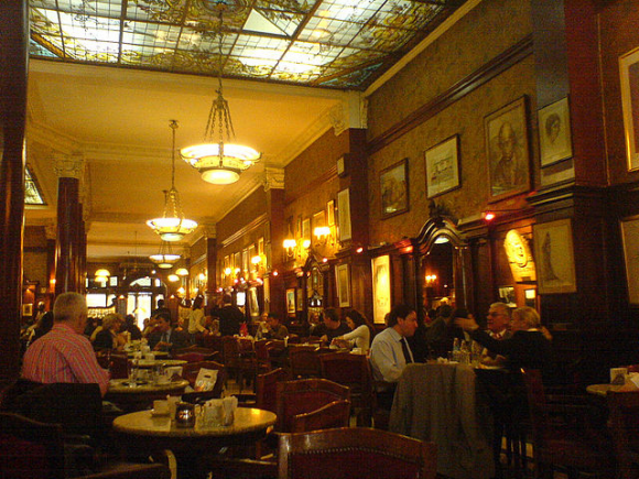 Café Tortoni (creative commons)