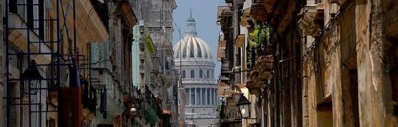 glimpse-of-the-capitolio-havana-cuba