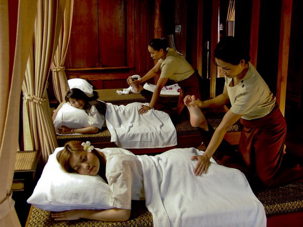 The best places in the world for spa breaks take you out of your everyday experience, giving you a taste of the exoticism out there ... photo by CC user Bhattharasinthorn Kosawan & Chot-Anan Kittiraweechot - Pai Spa  (www.pai-spa.com)