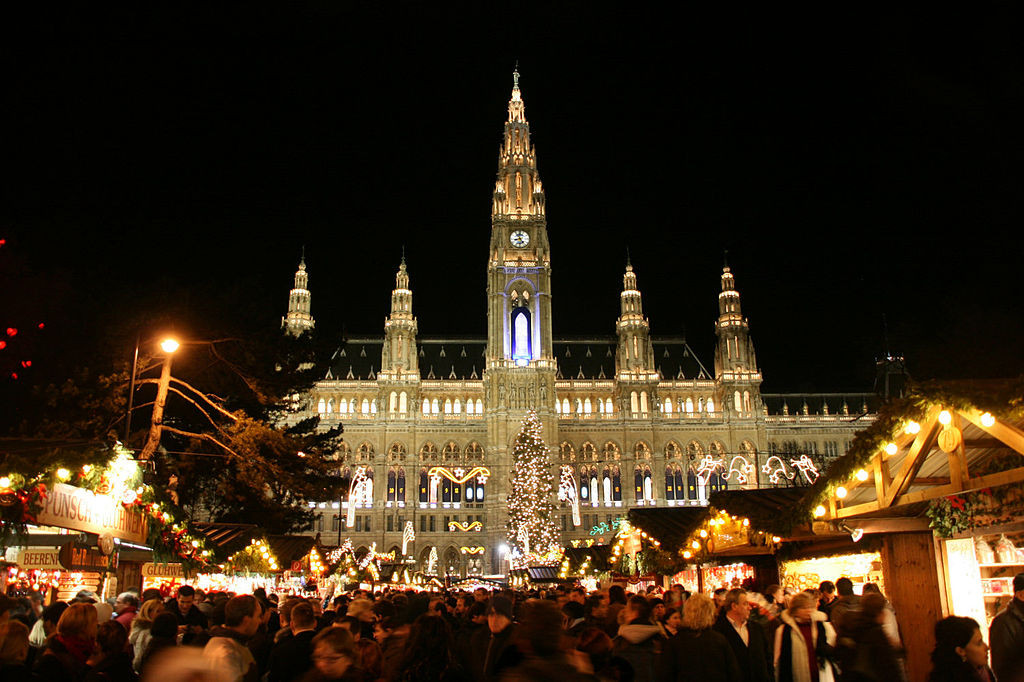 Planning a Christmas trip to Vienna is easy, and will set the table for a travel experience to remember